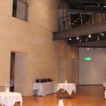 天井が高く開放感のある素敵なホールで  パーティーを楽しみたい!