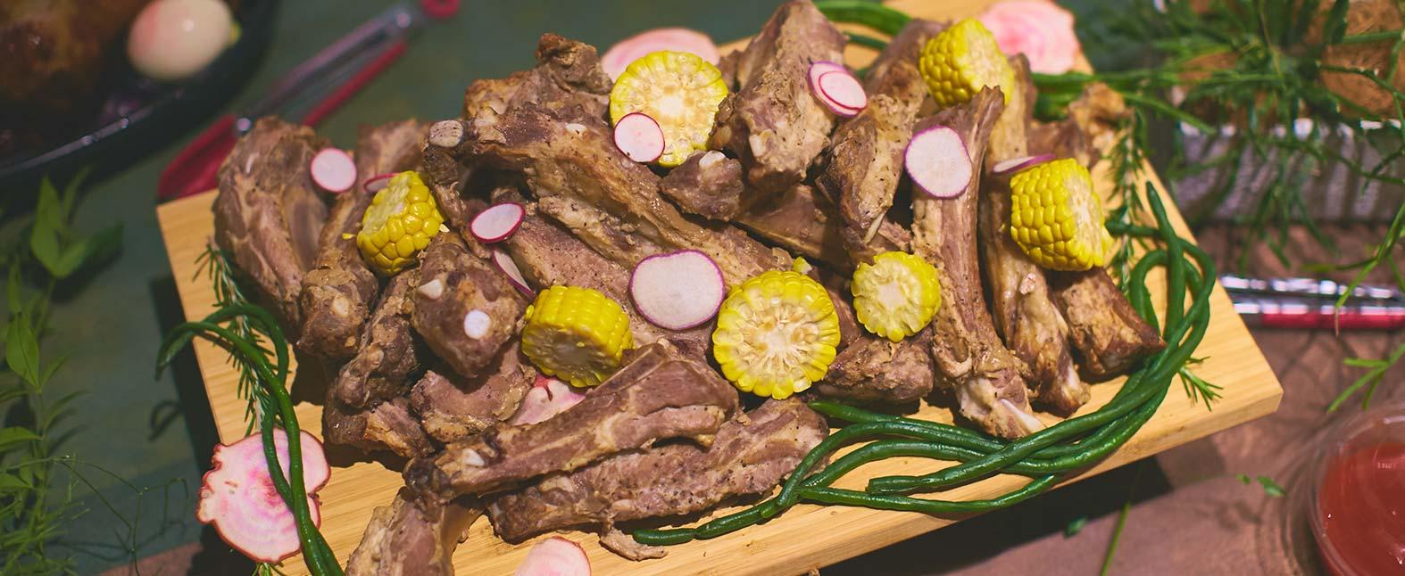 ケータリングで肉フェス??パーティーで人気のお肉料理をご紹介します!